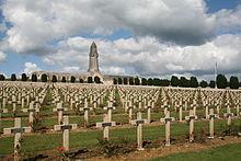 0 Verdun - Cimetière de Douaumont (1).jpg