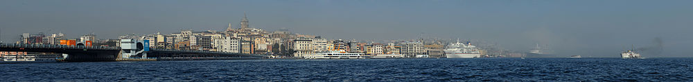 20101106 Galata Tower Istanbul Turkey Panorama.jpg