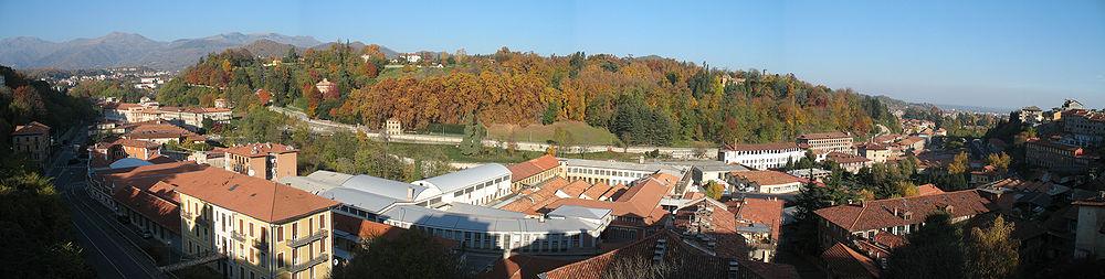 Biella-Panorama dal quartiere di Riva.jpg