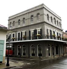 Three-storey rectangular building