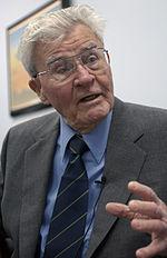 Paul Tibbets 2003.jpg