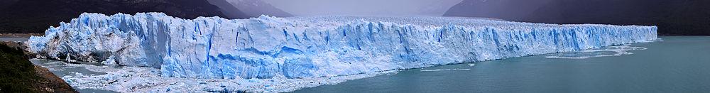 Glaciar Perito Moreno, Parque nacional Los Glaciares, Santa Cruz, Argentina; fue declarado Patrimonio de la Humanidad por la UNESCO en 1981.