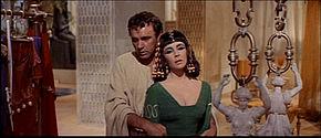 1963 Cleopatra trailer screenshot (24).jpg
