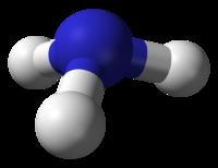 Model molekuly amoniaku