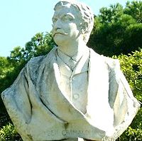 Statua nella villa