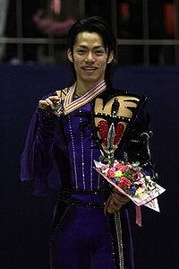 Daisuke Takahashi Podium 2008 4CC.jpg