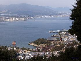 201201-TaroTokyo-Itsukushima-DSC08992.jpg