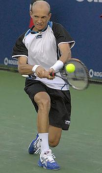 Nikolay Davydenko at the 2008 Rogers Cup.jpg