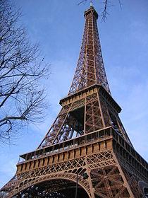 法國的艾菲爾鐵塔