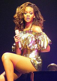 蕾哈娜,2011年