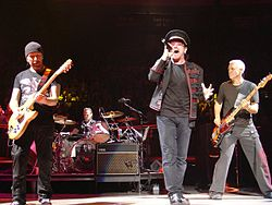 U2於麥迪遜花園廣場表演 (2005年11月)