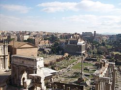 Vista del Foro Romano da Palazzo Senatorio
