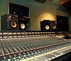 I Logic Studios