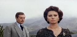 Con la Loren in Matrimonio all'italiana (1964)