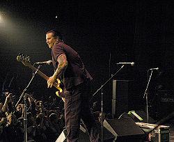 Matt Freeman in concerto