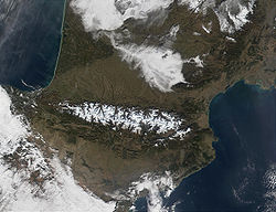 Satelitní snímek pohoří