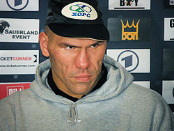 Valuev-nach-Haye-Fight-2009.jpg
