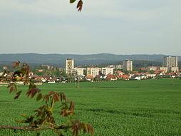 Pohled na Dobříš od západu, dominuje nová výstavba