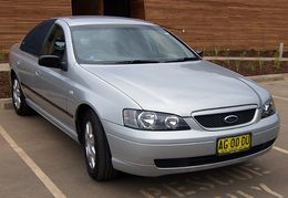 2004-2005 Ford BA II Falcon XT sedan 01.jpg
