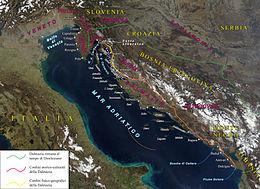 La Dalmazia vista dal satellite, con i suoi vari confini storici