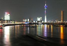 Nacht in Düsseldorf.jpg