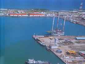 Panorámica del puerto de Dos Bocas