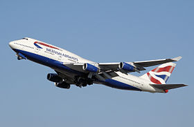 Il Boeing 747-400 G-BNLE delle British Airways in decollo dall'Aeroporto di Londra-Heathrow.