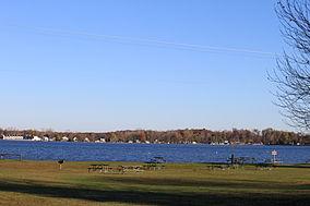 Walter J Hayes State Park Michigan pinic area on Wamplers Lake.JPG
