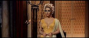 1963 Cleopatra trailer screenshot (12).jpg