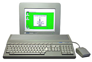 Ein Atari 1040 STF
