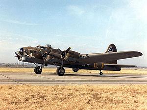 Boeing B-17G Superfortress Shoo Shoo Baby USAF.jpg