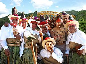 """Integrantes de la """"Danza del Pochó"""", durante el Carnaval de Tenosique, el """"más raro del mundo""""."""