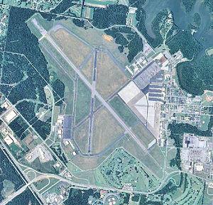 Smyrna Airport TN 2006 USGS.jpg