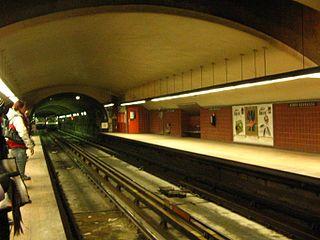 昂利·布哈沙站月台