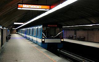 呂思安·拉利耶站的月台
