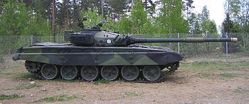 Finnish Army T-72 Ps264-202 side.jpg