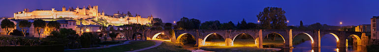 Carcassonne s mostem Le Pont Vieux