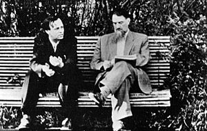 Andrei Sakharov and Igor Kurchatov.jpeg