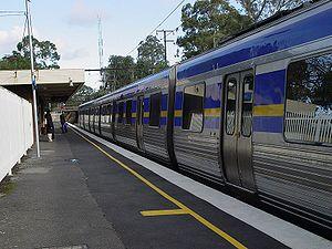 Comeng train at Ashburton