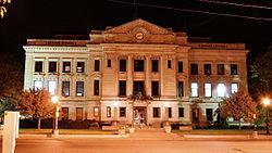 Auburn-indiana-courthouse-night.jpg