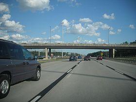 Autoroute 13 (Saint-Eustache).jpg