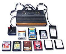 Atari VCS 2600 modèle original et quelques jeux.