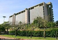 Banco Central del Paraguay by Felipe Méndez.jpg