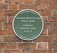 Plaque: Thomas Beddoes MD (1760–1808). Scientist. Worked here 1793-1799. Clifton and Hotwells Improvement Society