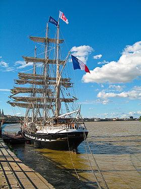 Le Belem à quai à Bordeaux pour Bordeaux fête le fleuve édition 2007