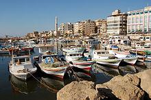 Barcas en el puerto de Tartus