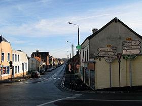 La rue principale de Boves