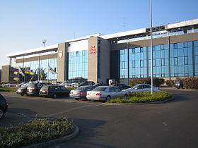 Nouvelle tribune (Ouest), côté rue du stade, inaugurée en 1999