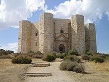 Photographie du Castel del Monte d'Andria dans les Pouilles