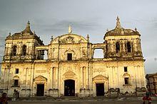 Catedral de la Asunción, León.jpg